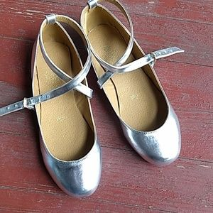 Silver strappy leather flats